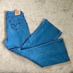 Levi's Perfectly Slimming 512 Bootcut size 16